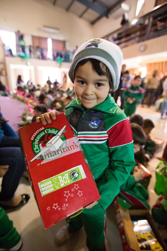 Best Tips for packing an operation christmas child box